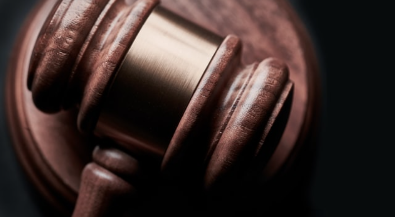 Legal advice: Who's in-charge?